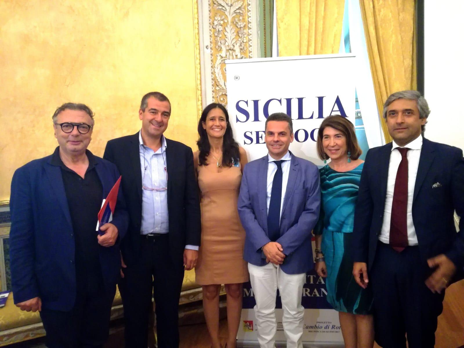 Lampedusa. Il sindaco Martello firma ordinanza, vietata vendita ed uso di stoviglie di plastica monouso