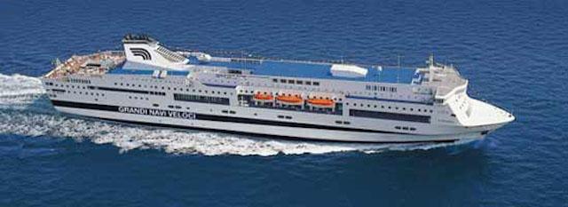 Traghetti, a Genova crollano i passeggeri per la Sardegna. Cresce la Sicilia: 46.500 in più in due anni