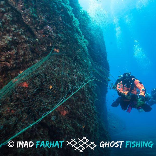 "Ambiente: cinque tonnellate di reti ""fantasma"" recuperate nelle Eolie"